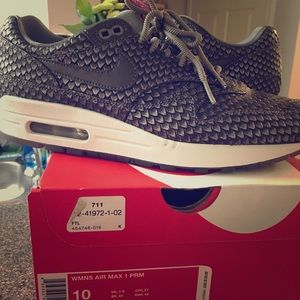 Limited edition Nike air max size 10